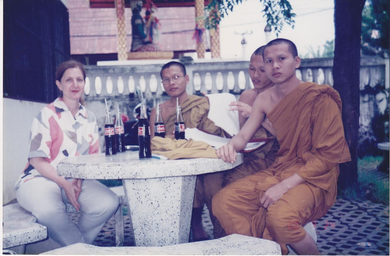 cola w monks
