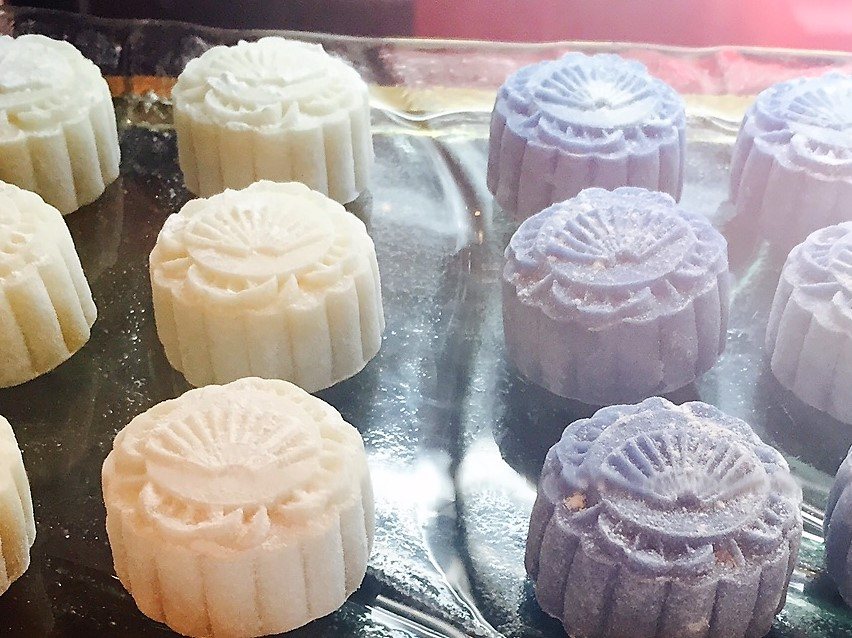 The legend inspiring delicious mooncakes of the Harvest Moon Festival - Shirley Meerson, Writer